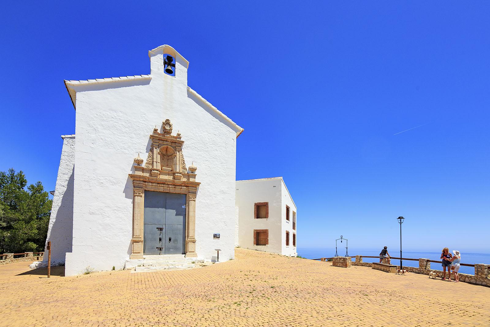 Ermita-Santa-Lucía-y-San-Benet-viajes_bici_maestrat_feria_del_vino