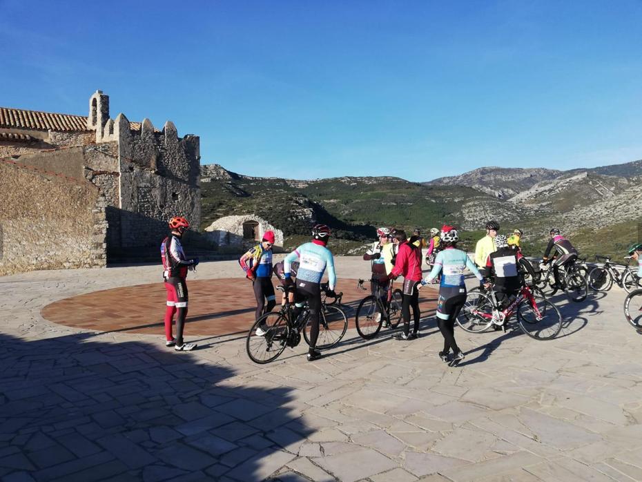 viajes-bici-maestrat-ermita-de-sant-marc-chert-stage-mayo
