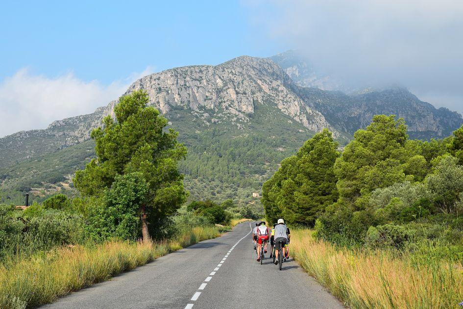 viajes_bici_maestrat_stage_monte_caro_subida1