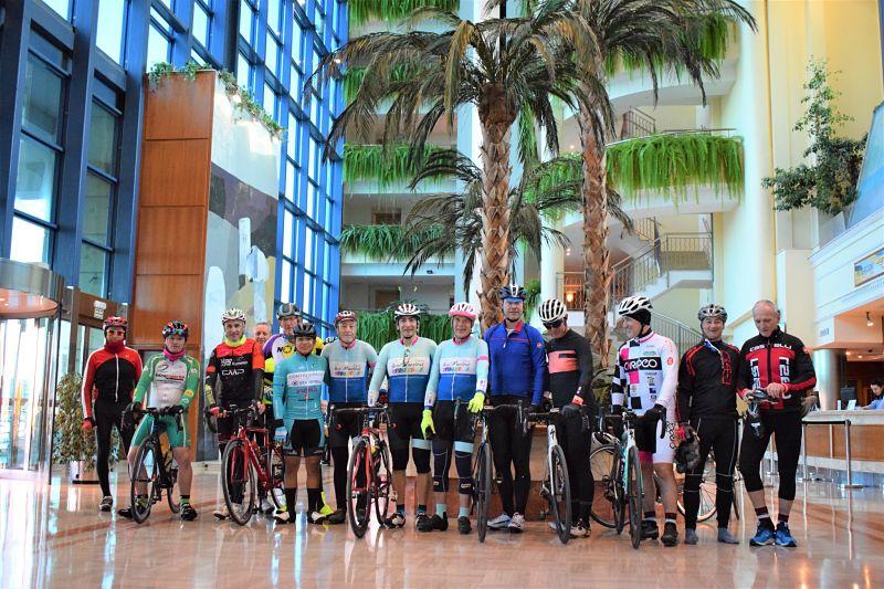 viajes_bici_maestrat_stage_ciclismo_peñiscola_hotel_plaza_suites