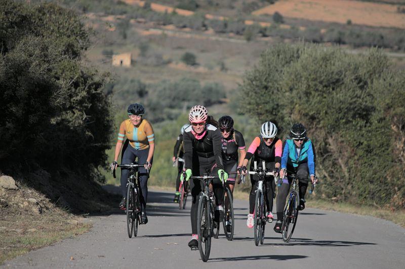 stage_mujeres_ciclistas_peñíscola_viajes_bici_maestrat_ser_mujer_ciclista5-min_opt