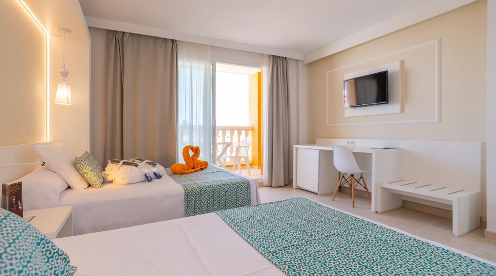 gran_hotel_peñiscola_viajes_bici_maestrat_stage_ciclista